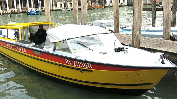 venice-ambulance-boat