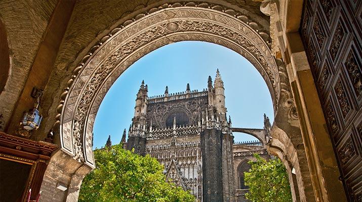 seville-cathedral-puerta-del-perdon-715