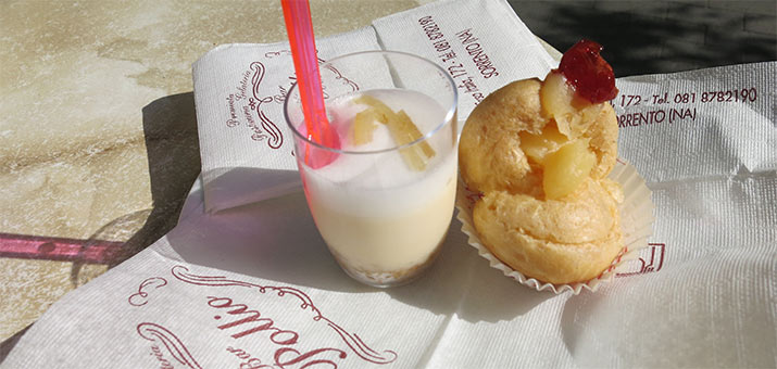 sorrento-lemon-mousse-zeppole