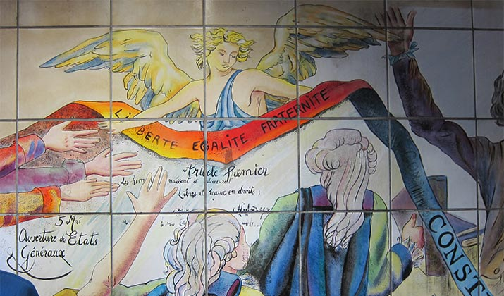 paris-bastille-metro-stop-liberte-egalite-fraternite