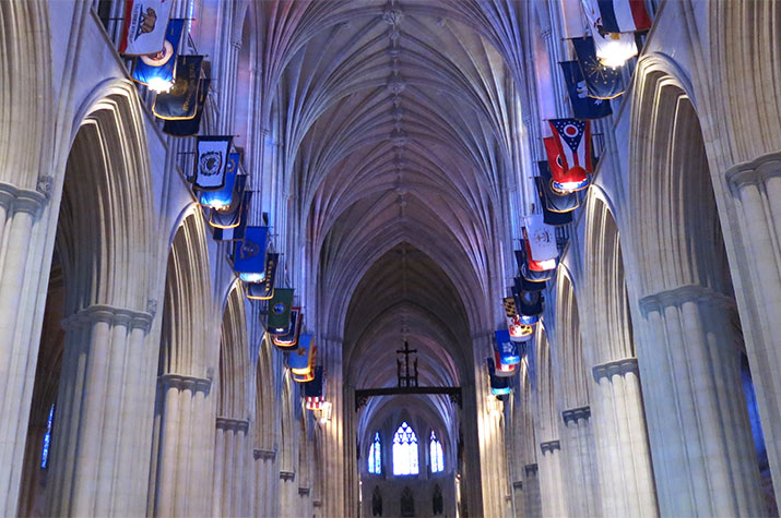washington-national-cathedral-nave-vaulted-ceiling-flags