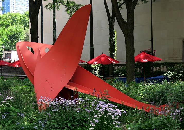 calder-flying-dragon