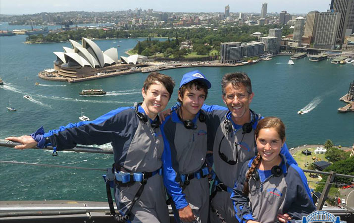 family-sydney-bridge-climb-715