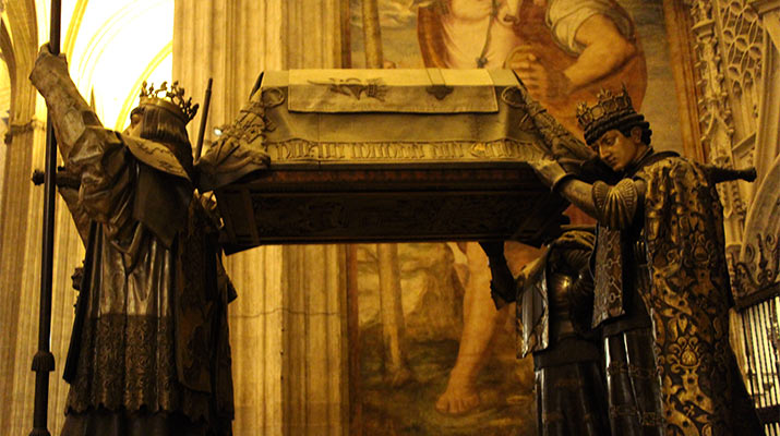 seville-cathedral-tomb-of-christopher-columbus-715