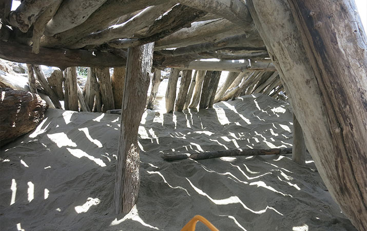 driftwood-fort-interior-bandon-oregon-715