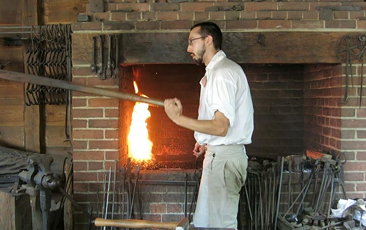 mount-vernon-blacksmith-shop-715