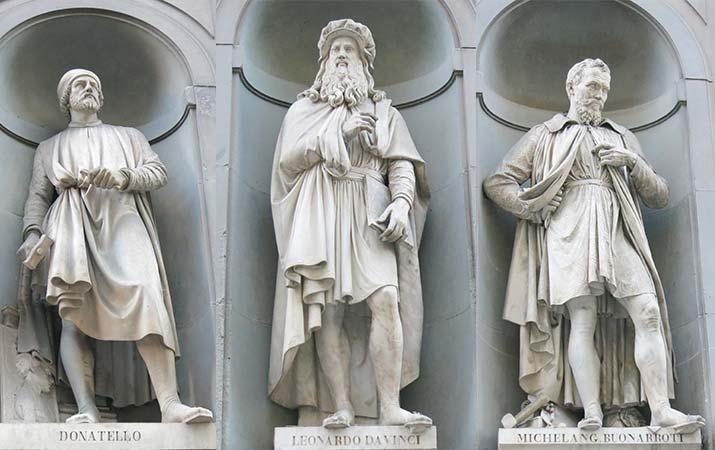 uffizi-museum-statues-da-vinci-donatello-michelangelo-715