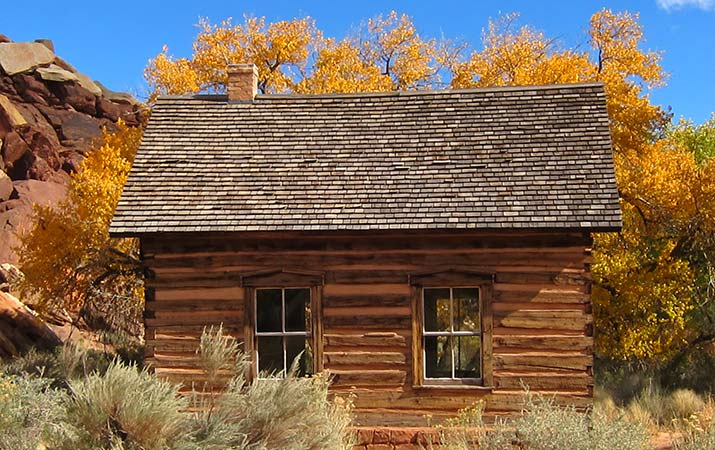 capitol-reef-national-park-fruita-schoolhouse-715