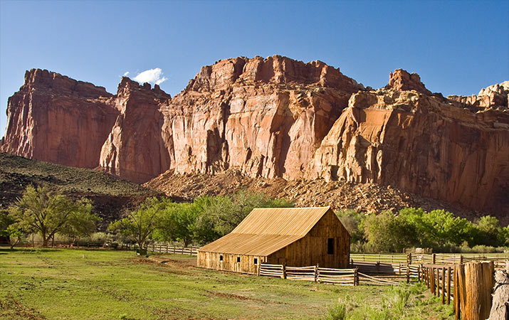 capitol-reef-national-park-gifford-barn-715