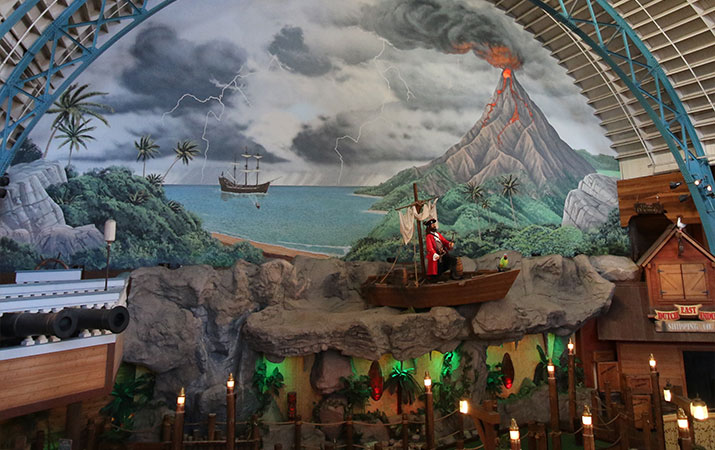 santa-cruz-boardwalk-buccaneer-bay-miniature-golf-715