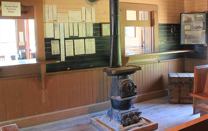 laws-railroad-museum-bishop-california-station-depot-interior
